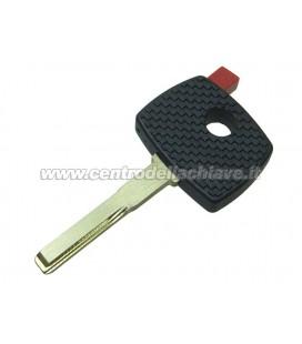 chiave Mercedes-Benz non originale con tappo rosso